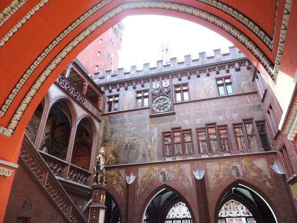Hôtel de ville de Bâle - cour intérieur